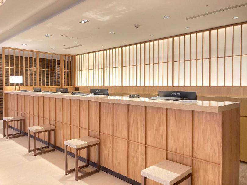 飯店大廳設計也充滿和風,讓人一秒掉進日式氛圍裡。