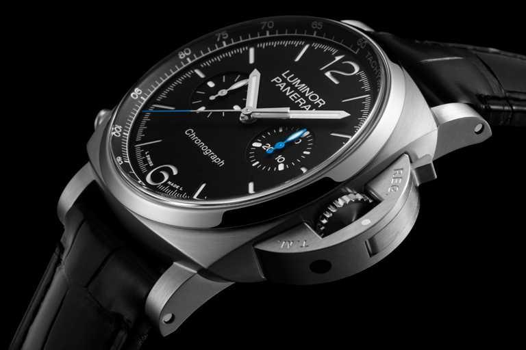PANERAI「Luminor Chrono」計時腕錶(#PAM01109),磨砂精鋼錶殼,44mm,P.9200型自動上鏈機芯,黑色啞光三明治錶盤╱280,000元。(圖╱PANERAI提供)