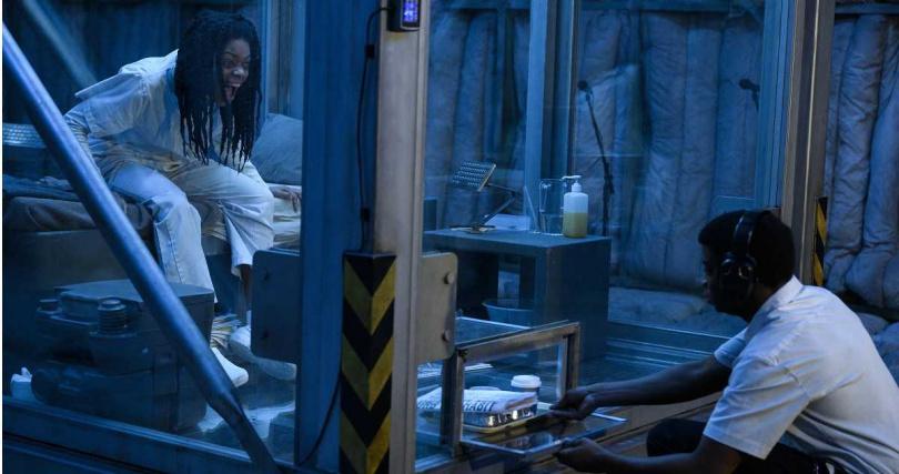 「最佳女配角」的娜歐蜜哈里斯飾演的新角色「尖嘯」,她不但能透過吼叫產生強而有力的音嘯,還能透過聲音來牽制對手,她將會搭檔血蜘蛛一起與《猛毒》大對決。(圖/索尼提供)