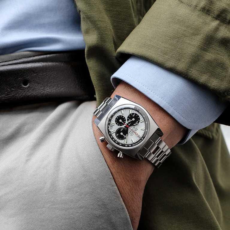 ZENITH「CHRONOMASTER系列」復刻版A384 腕錶╱精鋼錶殼,梯形精鋼鍊帶,37mm╱269,900元。(圖╱ZENITH提供)
