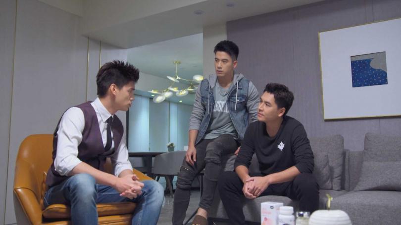 王傳一、JR紀言愷、羅宏正在劇中是三兄弟。(圖/中視)