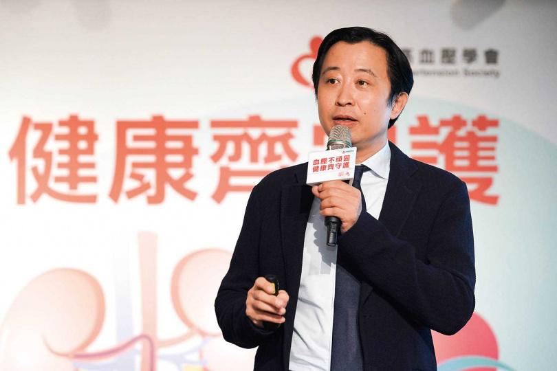 台灣高血壓學會理事長王宗道表示,醫界的共識是希望衛福部放寬高血壓導管治療的規定,造福更多患者。(圖/高血壓醫學會提供)