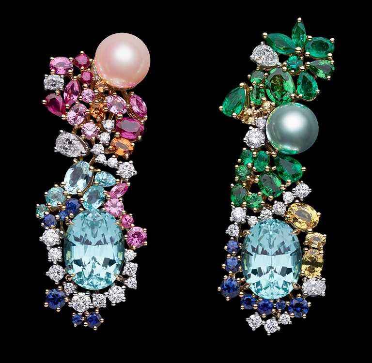 DIOR「Tie & Dior」系列高級珠寶,粉紅與淡藍珍珠碧璽不對稱耳環╱16,500,000元。(圖╱DIOR提供)
