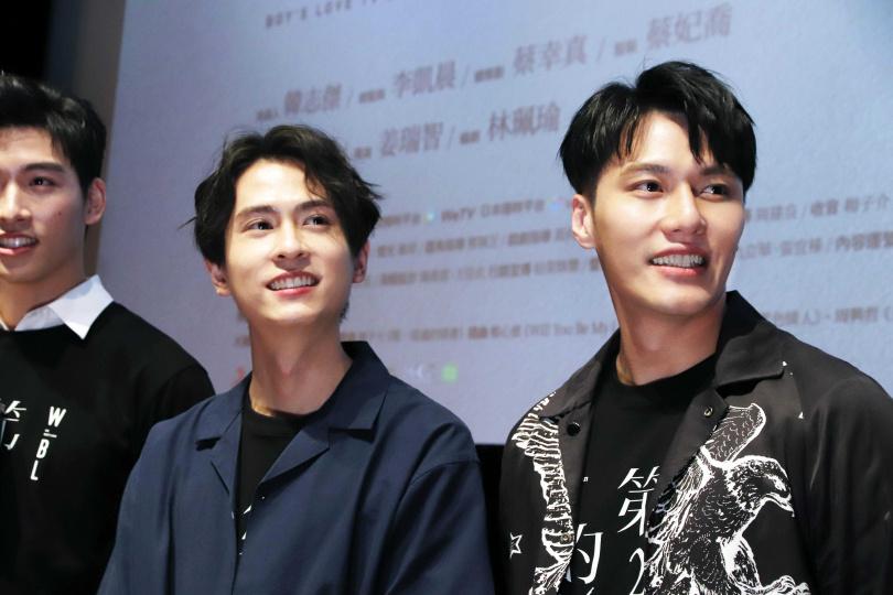 張睿家(右)與石知田(中)在第二季劇中的愛情故事受到粉絲期待。(圖/WeTV、結果娛樂提供)
