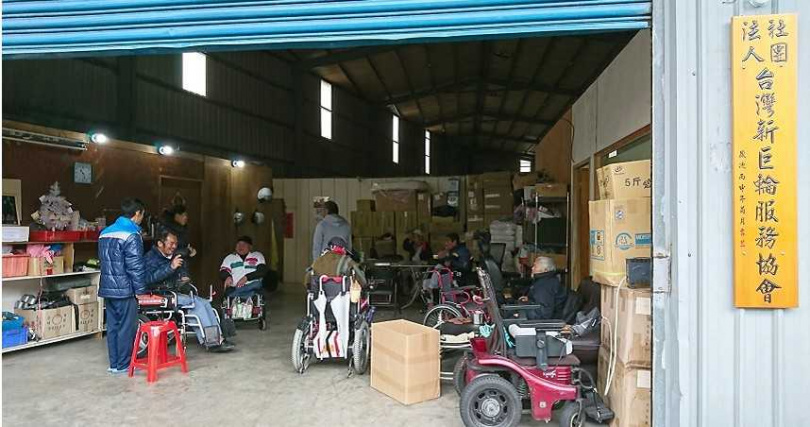 陳安宗認為即便身障也該有尊嚴,因此決心改革他經歷過的各種亂象、成立「新巨輪協會」。(圖/翻攝新巨輪臉書)