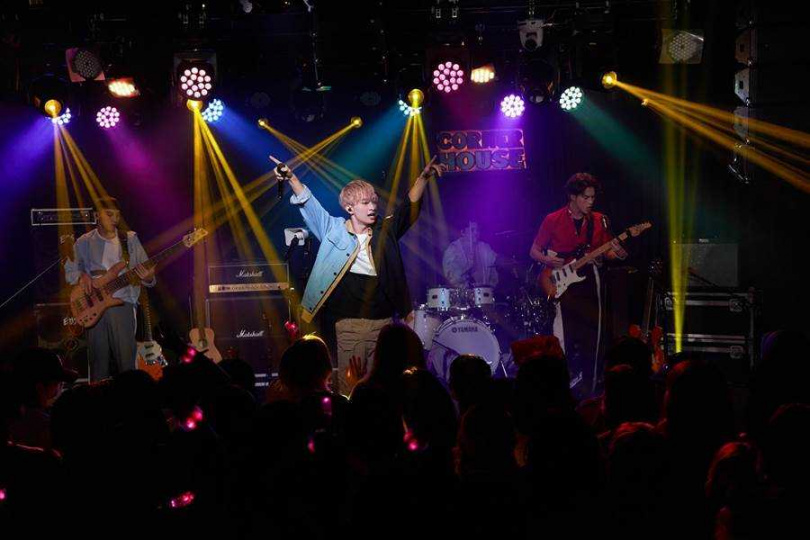 索尼新人noovy昨晚舉辦noovy《共感時代Y_OURS TOUR 2020》演唱會。(圖/索尼音樂提供)