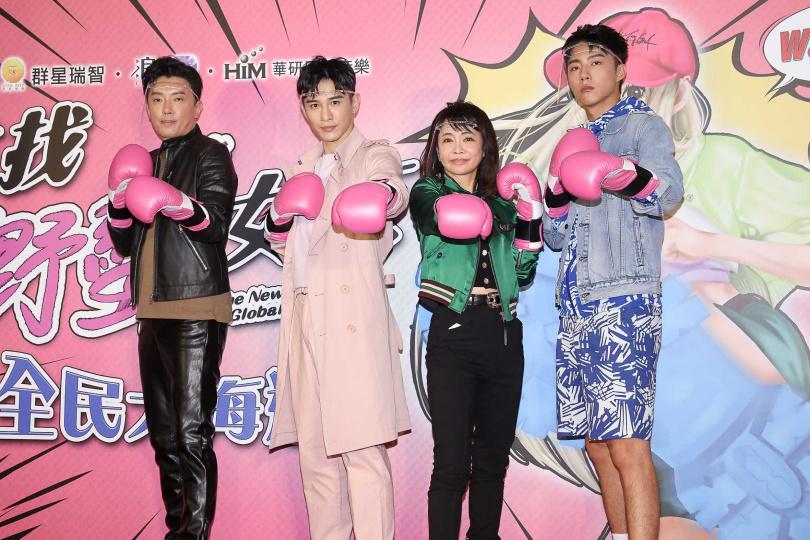張立昂(左二)、柴智屏(右二)聯手催生《我的野蠻女友》20周年華語版。(圖/本刊攝影組)