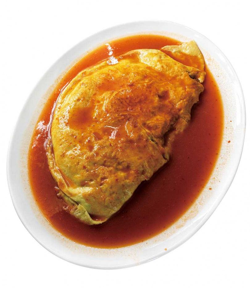 分量驚人的「巨無霸蚵仔煎」,特意減少太白粉漿比例,吃來不易膩口。(大份,580元)(圖/焦正德攝)