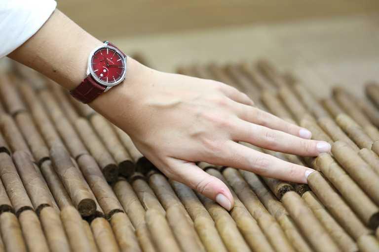 ZENITH「ELITE系列」月相腕錶,「JULIETA茱麗葉」款╱318,100元。(圖╱ZENITH提供)