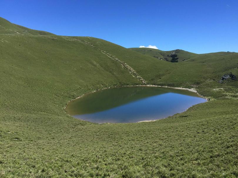 2016年7月拍攝到的嘉明湖。(圖/山友提供)