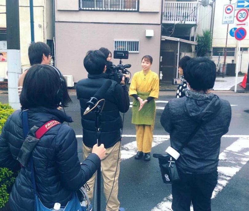 媒體前往採訪。(圖/翻攝自IG/mayuka_yagumo)