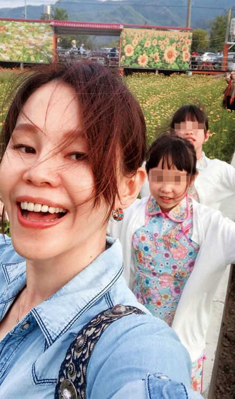 即使貴為歌壇天后,彭佳慧還是盡量抽時間陪3位兒女,經常分享帶小孩出遊的照片。(圖/翻攝自彭佳慧臉書)