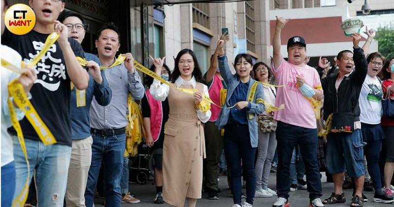 高雄市長韓國瑜罷免案進入最後倒數,治水績效與北漂青年返鄉投票率是左右罷韓成敗的最後關鍵。(圖/黃耀徵攝)