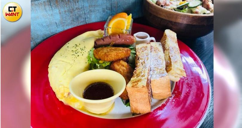 Ville Café的「巴黎的早餐」內容豐富。(圖/余玫鈴攝)