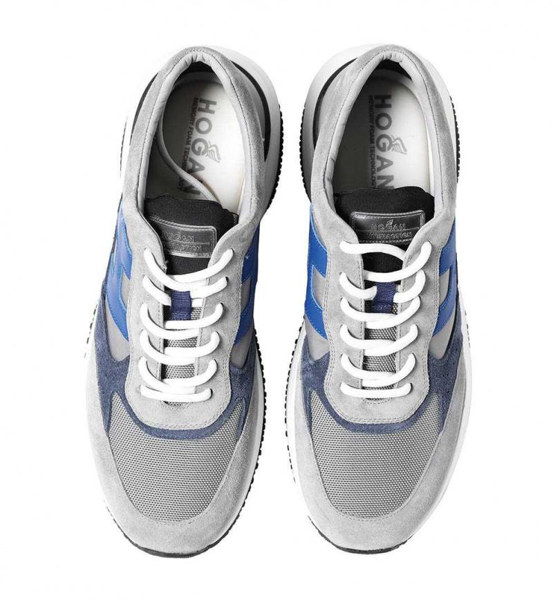 HOGAN Interaction麂皮拼接休閒鞋/19,600元。(圖/戴世平攝)