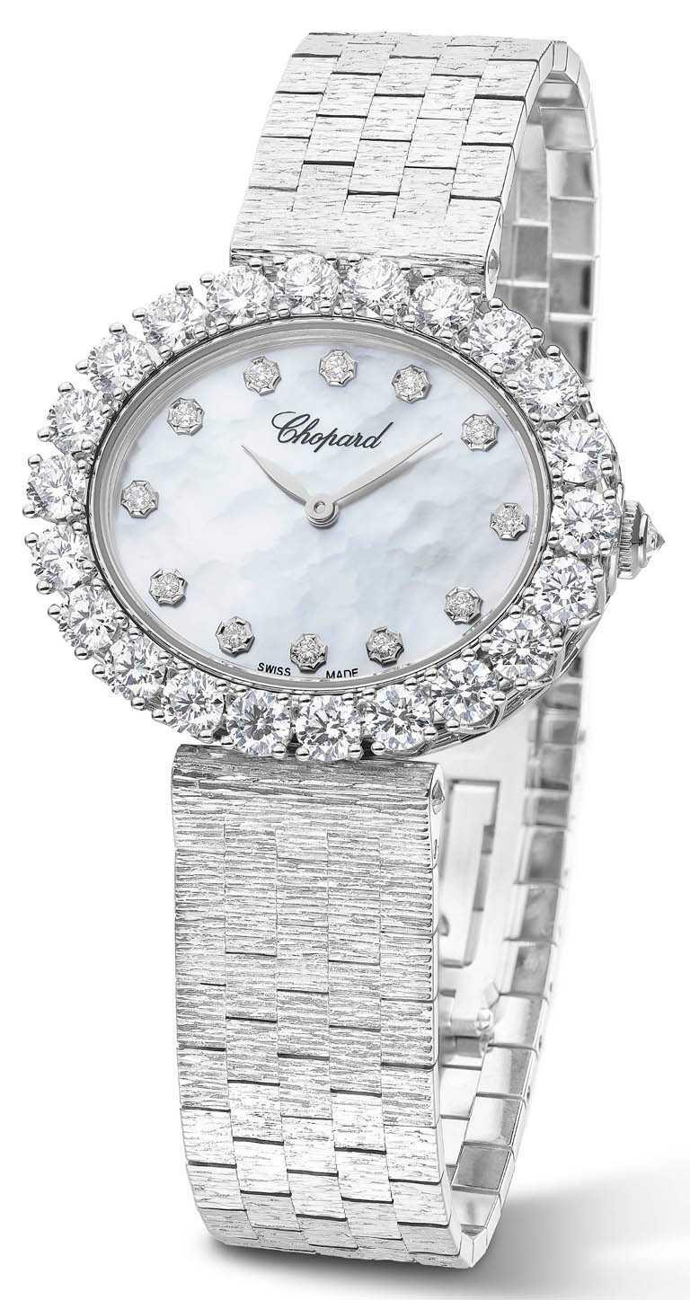 CHOPARD「L'Heure du Diamant」系列自動上鏈腕錶╱獲公平採礦認證18K白金錶殼,39.2mm,09.01-C型自動上鏈機芯╱2,250,000元。(圖╱CHOPARD提供)