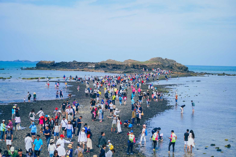 國內旅遊大爆發,離島成為國人出遊首選,其中又以澎湖最為熱門。(圖/雄獅旅遊提供)