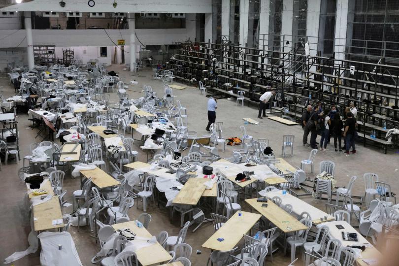 以色列屯墾區的一間猶太教堂看台倒塌,造成2人死亡、多人受傷。(圖/路透社)