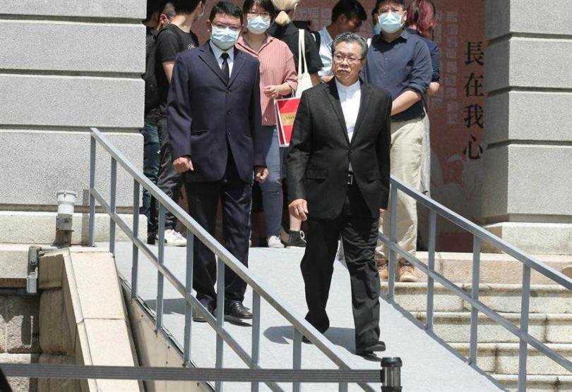 楊烈1日赴台北賓館悼念前總統李登輝。(粘耿豪攝)
