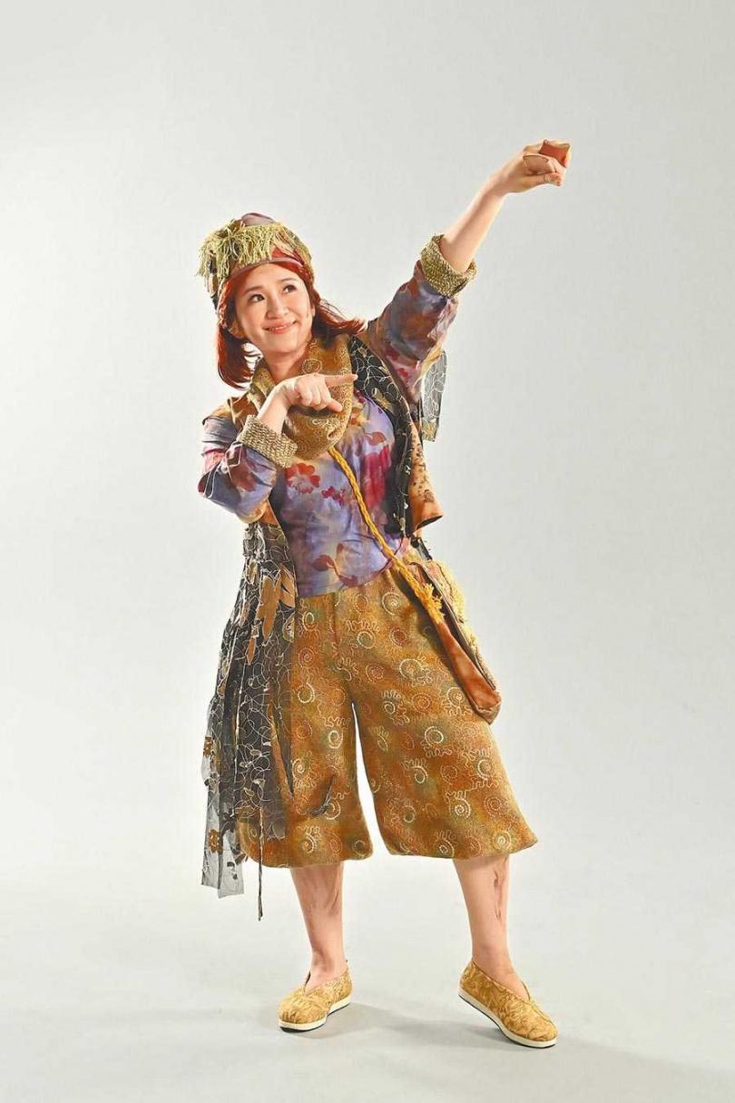 羅美玲近期忙排練舞台劇《大寶神珠》。(圖/夢蓮花文藝基金會提供)