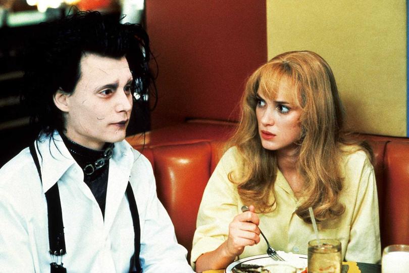 強尼戴普跟薇諾娜瑞德曾經是90年代最知名的金童玉女,兩人因為合作此片而燃起愛火。(圖/聯影電影提供)
