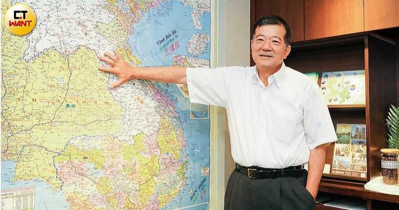 鴻毅旅行社董事長蔡家煌認為,政府對旅行社紓困補貼薪資只能救小,救不了大的。(圖/王永泰攝)
