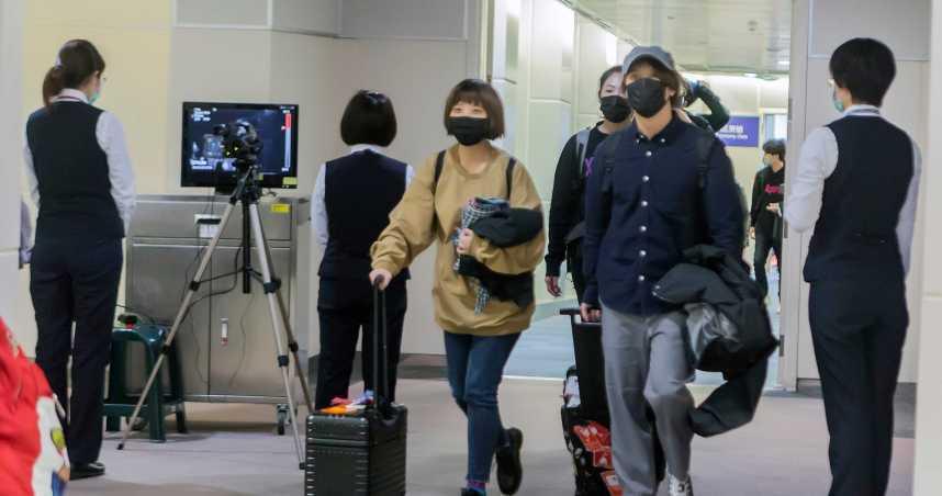 武漢肺炎/春節期間勤洗手、戴口罩 10團178名武漢遊客抵台