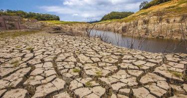 石門水庫難「解渴」!降雨進帳300萬噸「只能撐2天」⋯專家:旱象得全民共同承擔