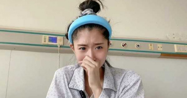 27歲網紅自曝胃癌晚期「多處骨轉移」!素顏坐病床痛哭:會堅強面對