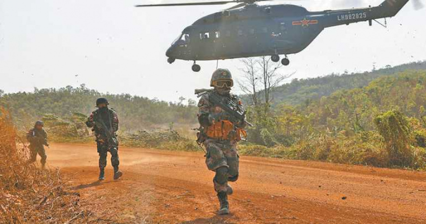 解放軍能慘虐印度?10大戰力隱憂曝光 官方爆「手槍打太多」