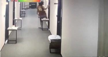 想不開?菲籍移工偷跑出防疫旅館房門8秒 吞10萬罰單