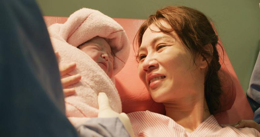 《俗女2》又哭又笑登台劇收視王 陳嘉玲下跪求婚好評完結