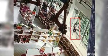 4歲女童遭師誤鎖2樓 爬窗回家摔落地面重傷