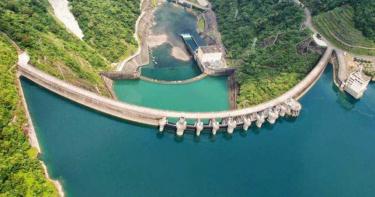 旱象發生首度破歷年平均水位!翡翠水庫回升7成「安全線」 一下午進帳741萬噸