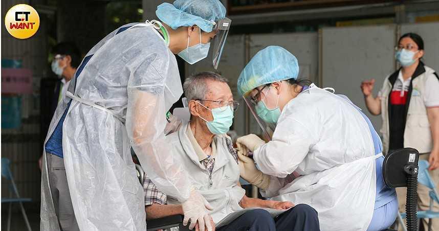 本土疫情下降是「暫時假象」! 醫揭重症救援時機難抓「一改變姿勢就窒息而死」