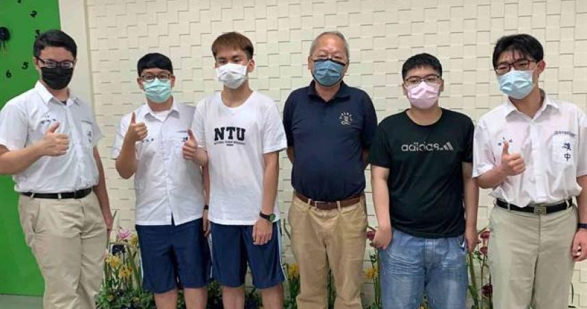 指考放榜!雄中10人錄取台大醫學系 他堅決讀醫科「背後動機藏洋蔥」