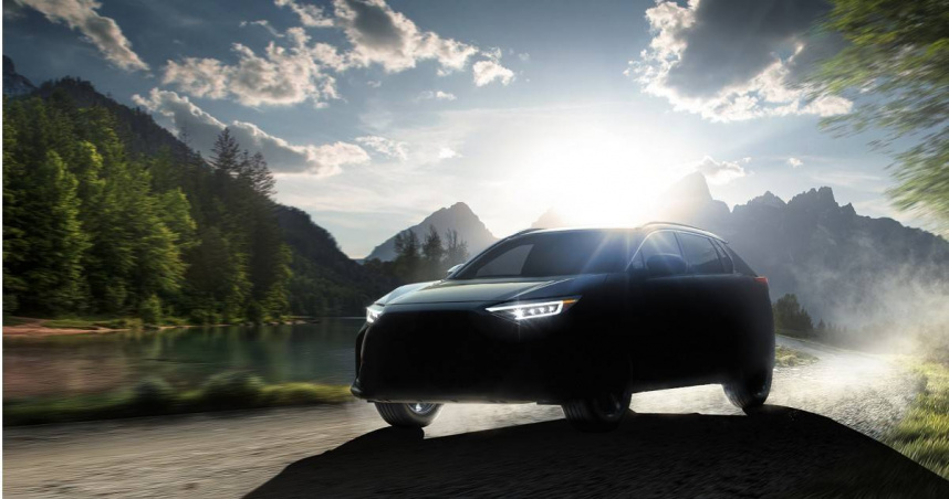 Subaru首款電動車曝光 輪廓神似Lexus RX車系