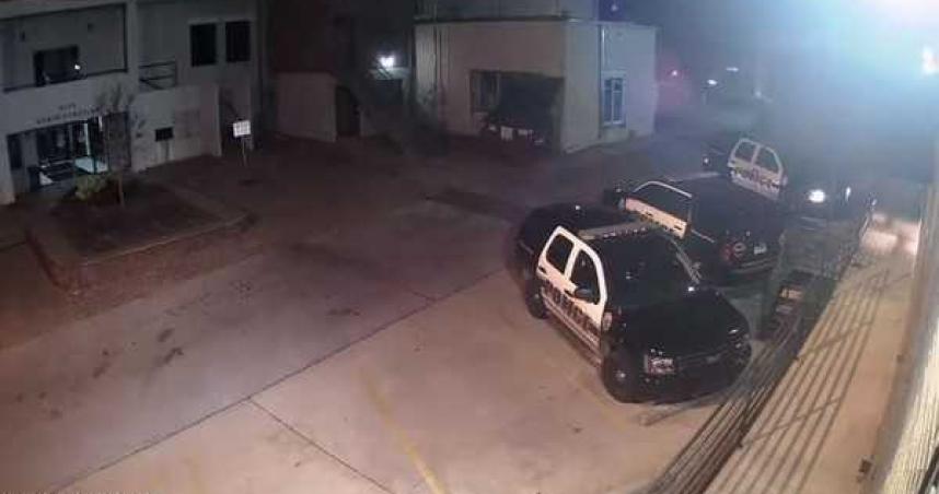 瘋狂弒警案!黑衣男連開16槍 警頭遭射爛秒變蜂窩