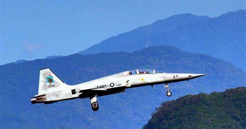 F-5E墜海/F-5E戰機又傳失事意外 疑2架墜毀台東