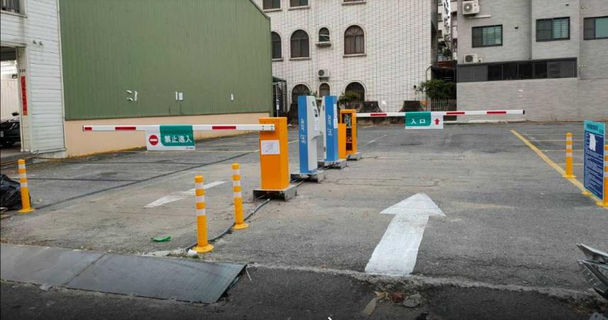 台南停車超便宜!「1小時最低5塊」網推爆 假日肯定爆滿