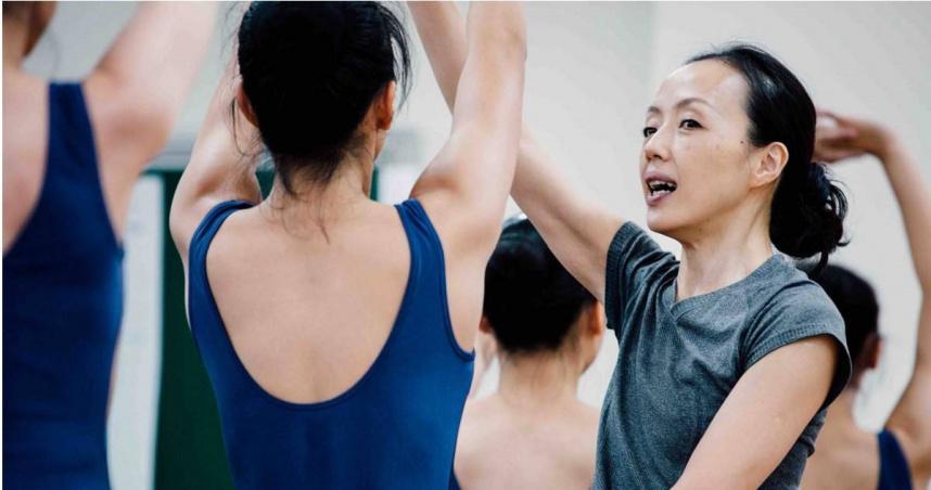 《俗女2》嘉玲爸初戀現身!竟是國際舞蹈大咖 陳竹昇被導演虧自肥