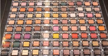 ADDICTION超狂!一次推99色眼影,價格比日本還便宜!必敗是這7色!