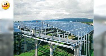 綠電爭奪戰3/淹水30年沒收成 「不利耕作區」轉型種電老農有收入