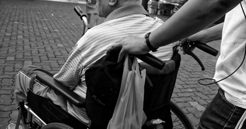 91歲奶奶被送療養院5年!日日痛哭想回家 4子女反對:腦子不清醒