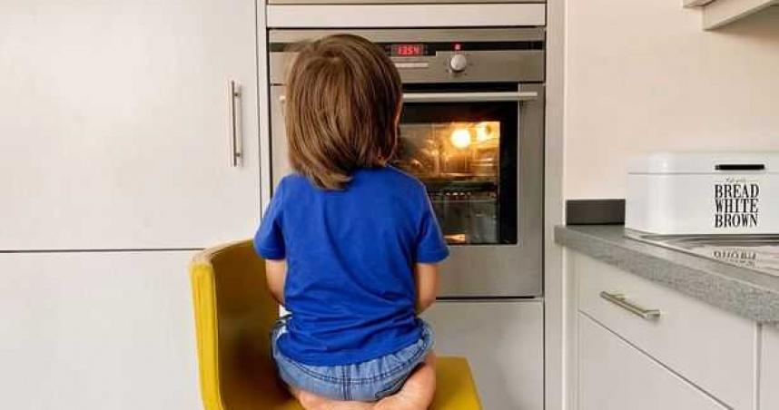 真實版「小鬼當家」!一名父親去義大利度假5天 獨留11歲兒子在家「自力更生」