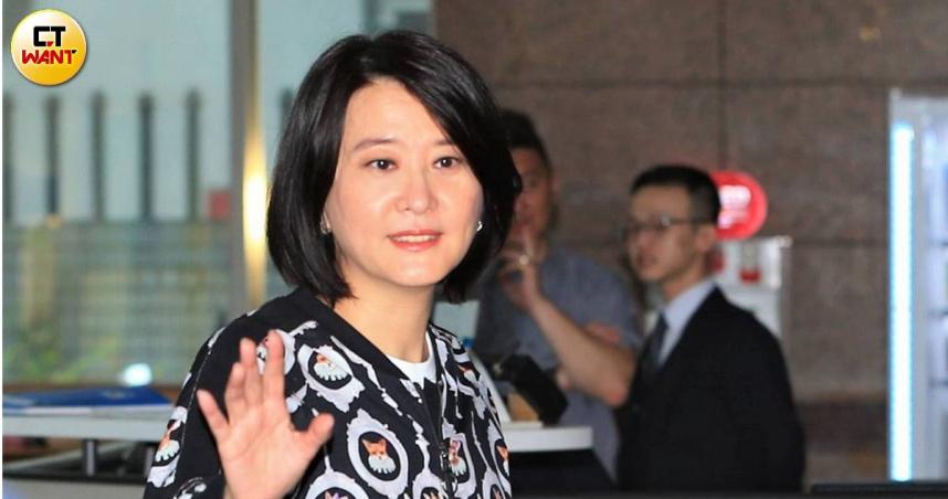 蔡政府財政紀律失控 王鴻薇諷:塔綠班變「大力搬」