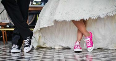 《民法》修正超詭異!16歲女「可上床禁結婚」 家長憂:社會問題爆增