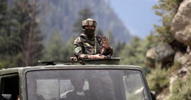 45年來第一槍!印媒:解放軍靠近中印邊境線還先開火挑釁