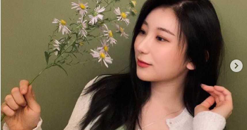 南韓女偶像IG照被檢舉下架 原因曝光網傻眼!1手勢被冤指「仇男」