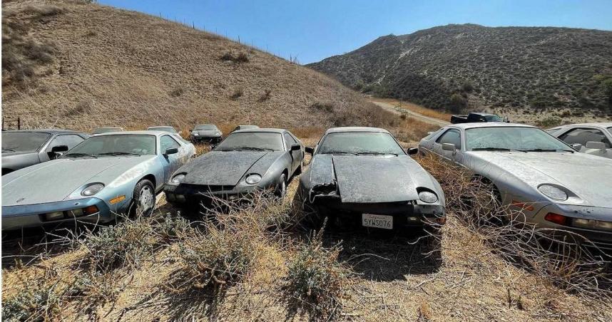 13輛「保時捷經典928」遭遺棄荒谷 發現者驚呼:宛如大型墳場